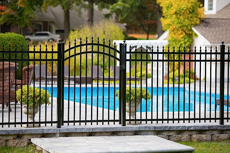 Aluminum Pool Fence Ornamental Aluminum Fences ...
